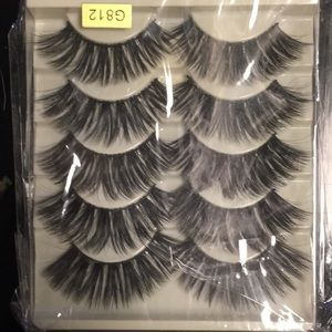 100% mink false eyelashes. 5 pairs